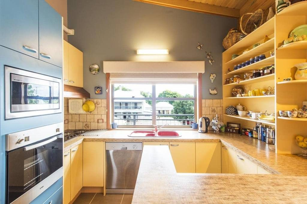 rooftops-bed-and-breakfast-ulmarra-nsw-accommodation-kitchen