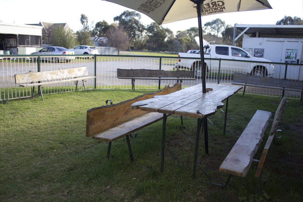 Court-House-Boorowa-NSW-pub-hotel-accommodation-exterior