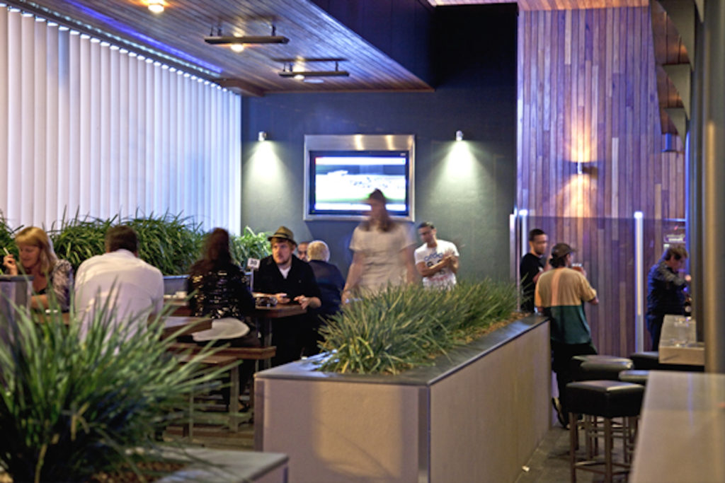 Marion-hotel-adelaide-accomodation-Beer-Garden