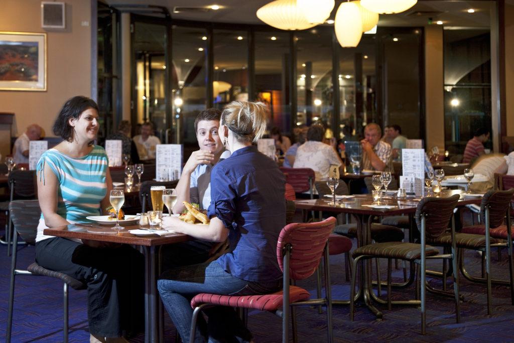 Marion-hotel-adelaide-accomodation-Bistro