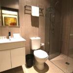 Southern-Cross-Hotel-Sydney-nsw-pub-accommodation-bathroom1