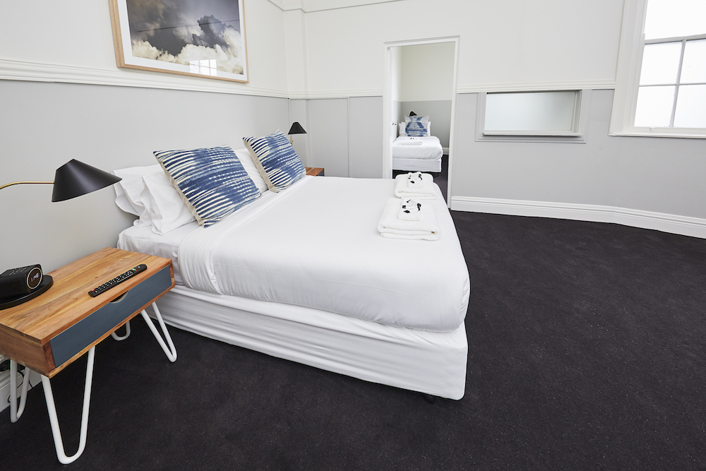 bridgview-hotel-willoughby-nsw-pub-accommodation-3-bed-family-room