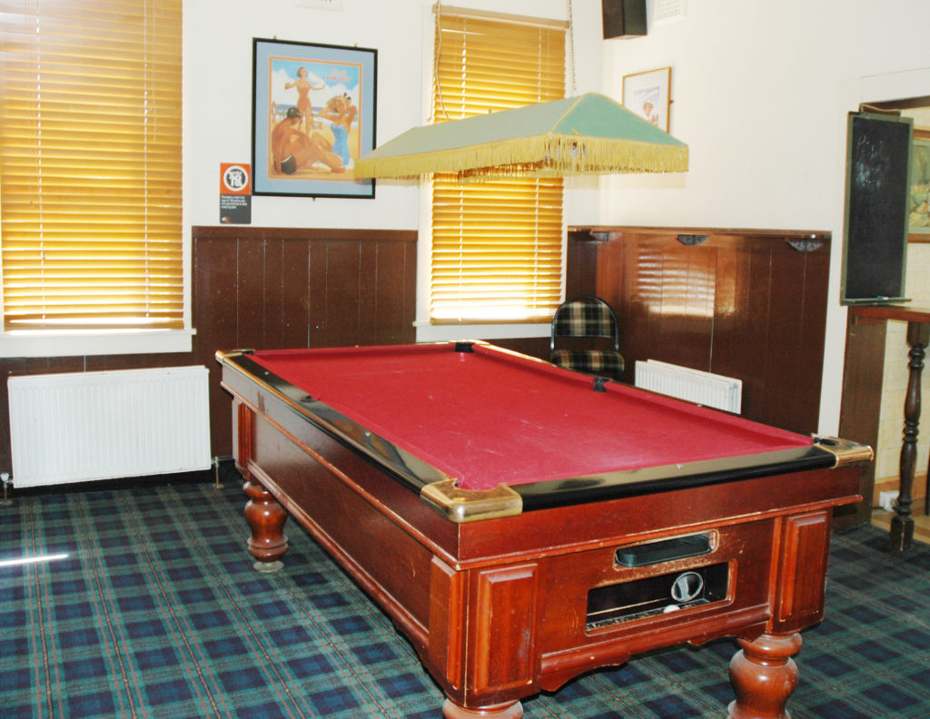 bundanoon-hotel-southern-highlands-accommodation-nsw-pool-table