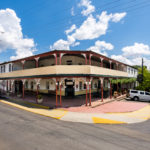 Peel-inn-nundle-nsw-pub-hotel-accommodation-hotel-front