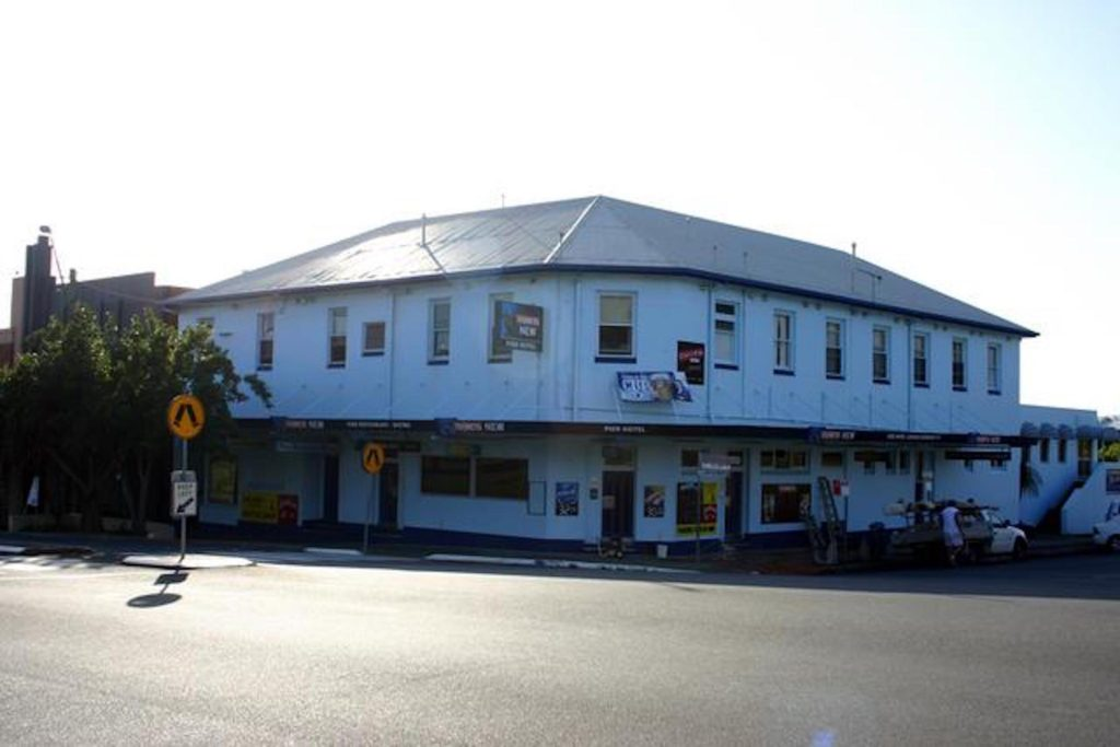 Pier-Hotel-Coffs-Harbour-pub-accommodation4