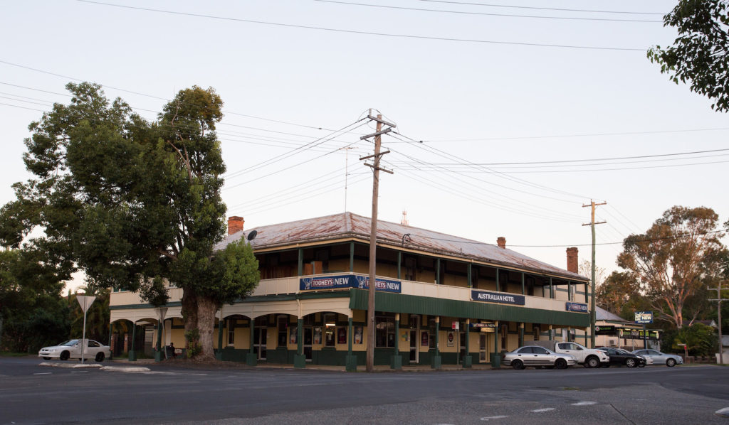 australian-hotel-south-grafton-nsw-pub-accommodation-exterior1 copy