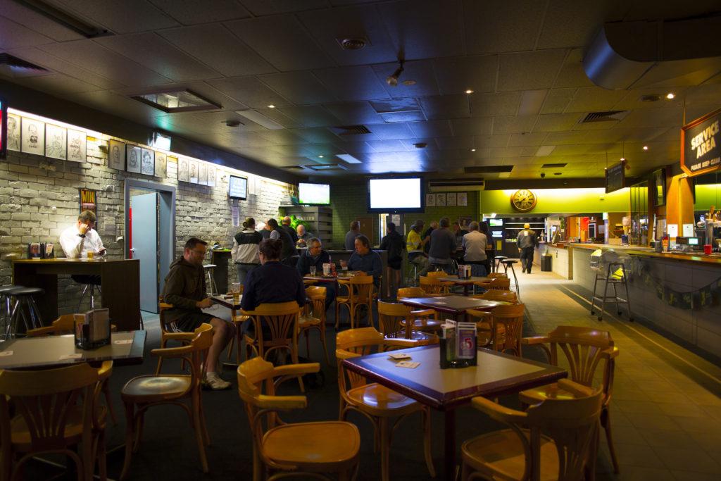 hornsby-inn-nsw-pub-hotel-accommodation1