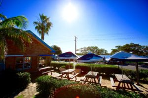 tea-gardens-hotel-nsw-pub-accommodation-exterior3 copy