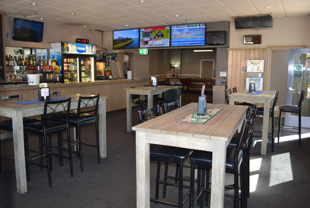 commercial-hotel-motel-lithgow-nsw-pub-accommodation-bar