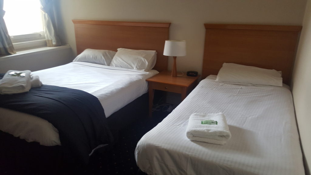 Gardners-inn-hotel-pub-accommodation-twin