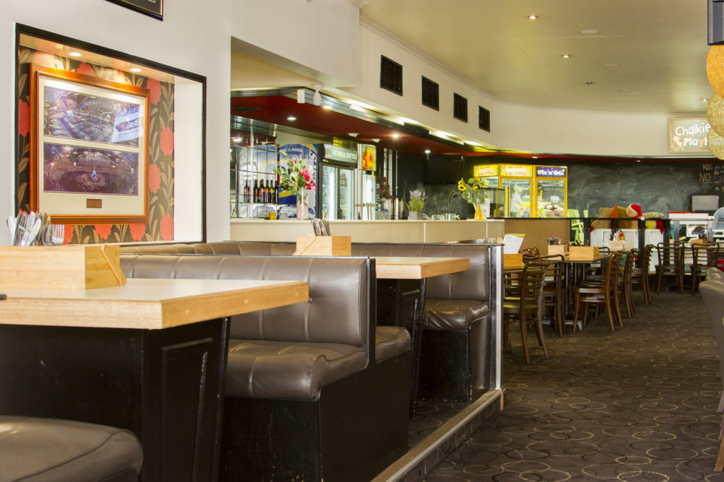 acacia-ridge-hotel-motel-nsw-pub-accommodation-bistro2