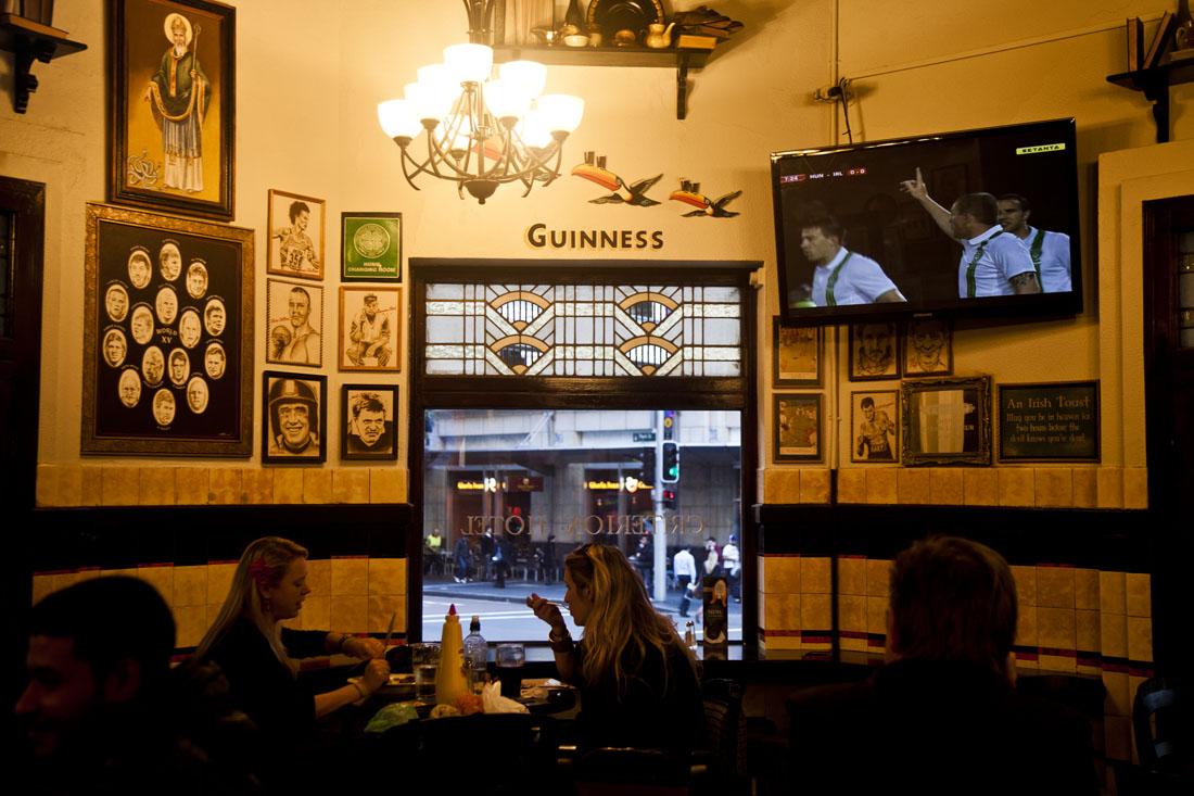 criterion-hotel-sydney-sports-bar