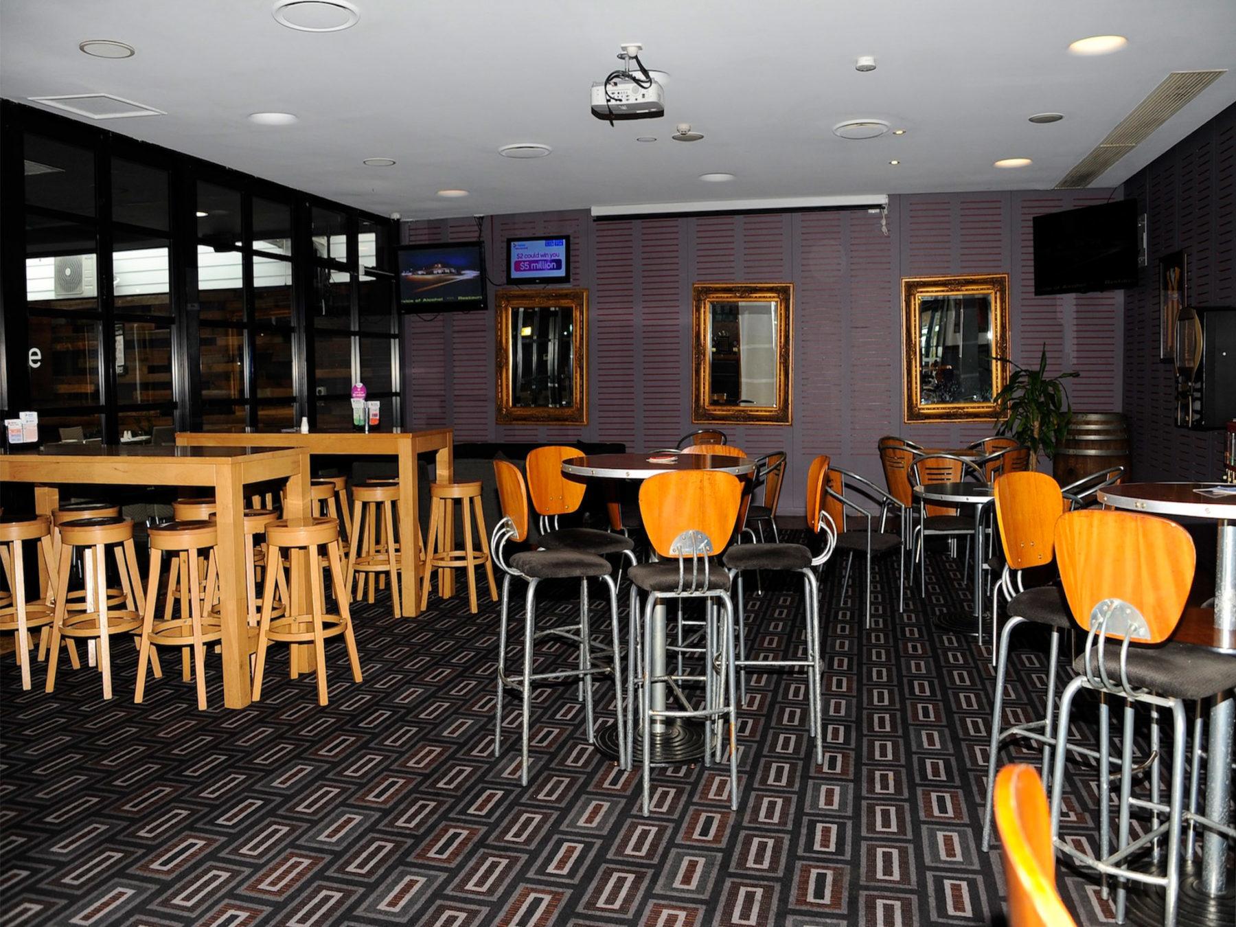 the duke of wellington hotel new lambton pub rooms directory. Black Bedroom Furniture Sets. Home Design Ideas