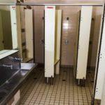 coolangatta-sands-hotel-qld-pub-accommodation-shared-bathroom1 copy