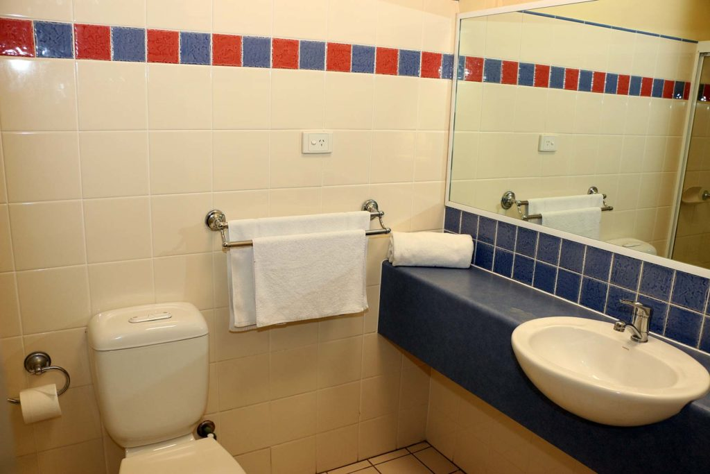 Salisbury-hotel-motel-qld-pub-accommodation-queen-single-room7