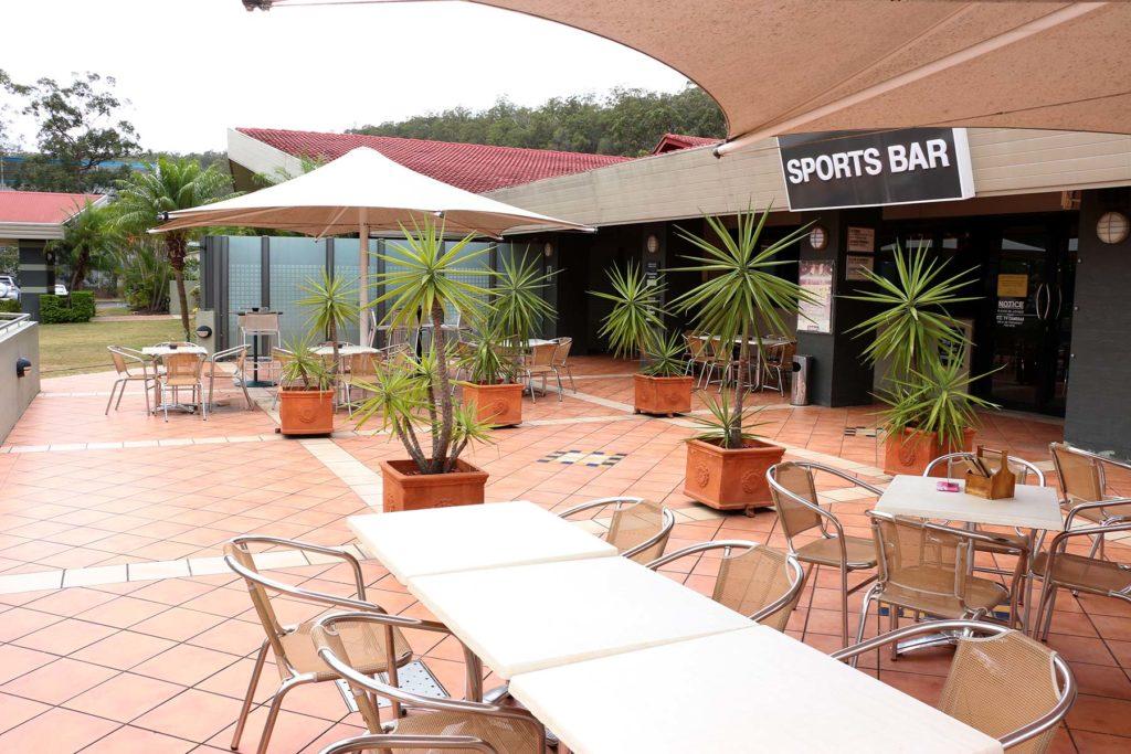 Salisbury-hotel-motel-qld-pub-bar-beer-garden