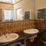 criterion-hotel-gundagai-nsw-pub-accommodation-shared-bathroom